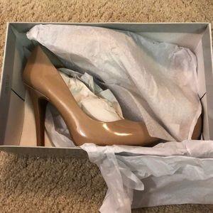 New in box Jessica Simpson heels